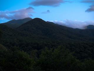 5 縮小 2014年9月5日 夕暮れの山.jpg